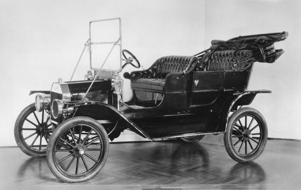 Otomobiller Hakkında 7 İlginç Gerçek Model T Ford
