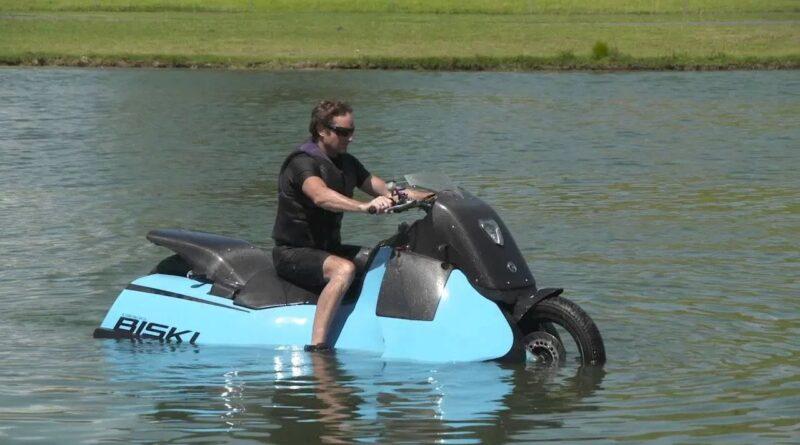 """Karada ve Denizde Gidebilen Motosiklet """"Biski"""""""