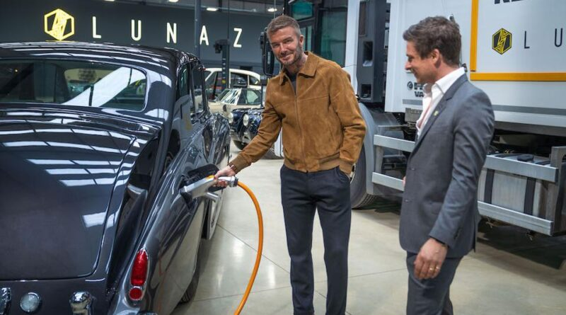 David Beckham Elektrikli Araç Geri Dönüşüm Şirketi Lunaz'a Yatırım Yaptı